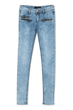 Shop special offers on women's jeans and trousers at TALLY WEiJL, buy two pairs and save Skinny fit, mom jeans, ripped or high waist, discover fits for all occasions. Skinny Fit, Skinny Jeans, Girl Style, My Style, Tally Weijl, Teen Girl Fashion, Hipster Grunge, Biker Style, Jeans Style