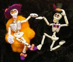 A tutorial on how to make these adorable skeletons and also a video on how to make an articulated polymer clay skeleton