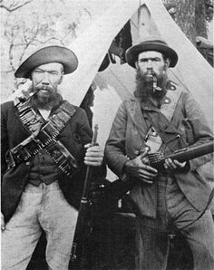 A couple of fierce looking Boer Commandos South Africa - 1900 Military Photos, Military History, West Africa, South Africa, World Conflicts, British Colonial, My Heritage, African History, Old Pictures