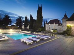 This breathtaking castle boasts eight luxury bedrooms and six bathrooms. Beautiful Homes, Beautiful Places, Luxurious Bedrooms, Luxury Bedrooms, Secret Escapes, French Property, Fairytale Castle, Inside Outside, French Chateau