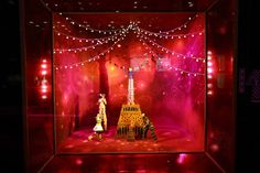The Best 2012 Holiday Windows - Department Store Holiday Window Displays