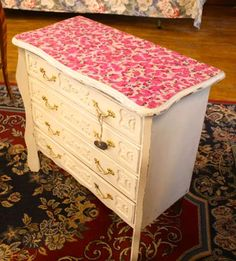 Shabby chic chest of drawers with decoupage top