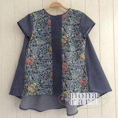 New womens clothing boutique design Ideas Batik Blazer, Blouse Batik, Batik Dress, Batik Fashion, Abaya Fashion, Amarillis, Batik Kebaya, Blouse Models, Dress Collection