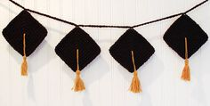 Graduation inspired crochet bunting/ garland. sweet idea for special days. and its free.