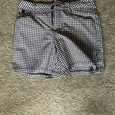 Lee Shorts Classic Lee Brand Navy Checkered Shorts.               Never worn! Lee Shorts