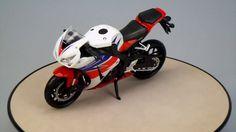 HONDA CBR1000 RR NewRay 1/12