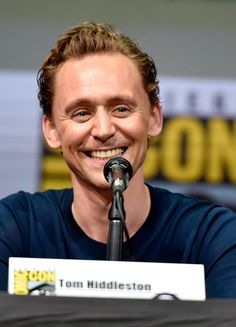 Tom Hiddleston attends the Marvel Studios Presentation during Comic-Con International 2017 at San Diego Convention Center on July 22, 2017. Via Torrilla: https://m.weibo.cn/status/4132808228328880#&gid=1&pid=5 Larger: https://wx2.sinaimg.cn/large/6e14d388gy1fhu7jm6i8mj22uo1w8e82.jpg