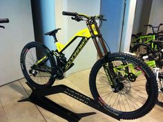 Had to share this peeps its the 2015 mondraker summum very very sweet