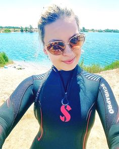 David Beckham Suit, Scuba Wetsuit, Girl In Water, Scuba Girl, Diving Suit, Best Swimwear, Womens Wetsuit, Outfit Of The Day, Beachwear