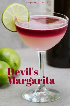This margarita twist is perfect for red wine lovers. Make this simple variation of the classic cocktail, float the red wine on top of it and skip the halo of salt. Tequila Drinks, Liquor Drinks, Cocktail Drinks, Cocktails With Wine, Red Wine Drinks, Tequila Wine, Vodka Cocktails, Craft Cocktails, Summer Cocktails