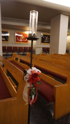 #vtwmc | Red Rose with Ivy Bows | Wrought Iron Aisle Candle | War Memorial Chapel