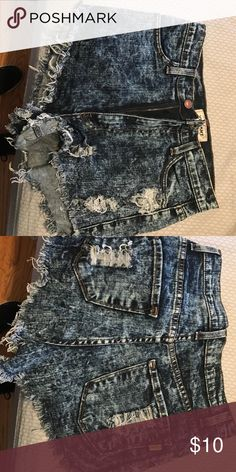 High wasted shorts Great condition Shorts Jean Shorts