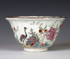 A DUTCH-DECORATED 'FINE LINE' CHINESE BOWL