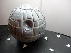 Detail of the death star made of fondant