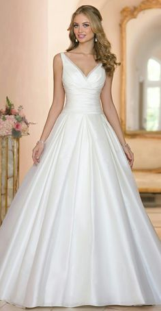 Wonderful Perfect Wedding Dress For The Bride Ideas. Ineffable Perfect Wedding Dress For The Bride Ideas. Bridesmaid Dresses Online, 2015 Wedding Dresses, Bridal Dresses, Wedding Gowns, Wedding Dressses, Wedding Suits, Ball Dresses, Ball Gowns, Prom Dresses