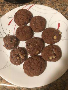 Hannah Swensen, Cookies, Desserts, Food, Crack Crackers, Tailgate Desserts, Deserts, Biscuits, Essen