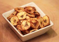 Mel e Pimenta: Chips de banana verde assados