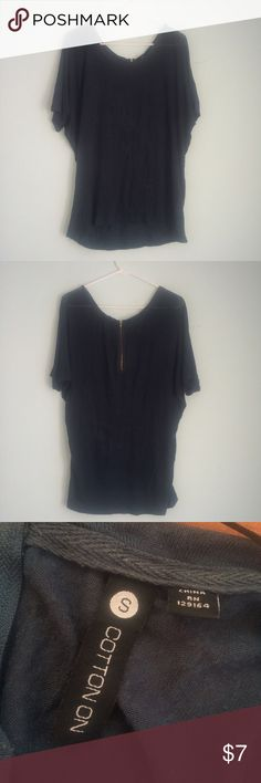 CottonOn Loose Shirt Slouchy, loose shirt with back zipper. Hi-low hem with soft fabric for comfortable feel. WORN MULTIPLE TIMES.  *USE that OFFER button!! I am open to anything!!   *Purchases over $10 will receive a FREE gift 💕  *Outfits do not always include the exact product I'm selling; I include them to give you an idea of how to wear a certain item ✨  *NO TRADES: Right now, I'm cleaning out my closet for college, so I'm only looking to sell right now unless otherwise specified ❌…