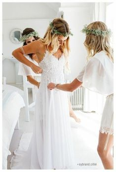 67 Boho style wedding dresses: the hottest trend for your wedding reception! bohemian wedding ideas wedding dress long whiteLisa - cotton lace with bohemian wedding dress with open back # cotton lace # bohemian # bridal dress V Neck Wedding Dress, Long Wedding Dresses, Wedding Gowns, Backless Wedding, Bridal Gowns, Bridesmaid Dresses, Bridesmaids, Hawaiian Wedding Dresses, Spagetti Strap Wedding Dress