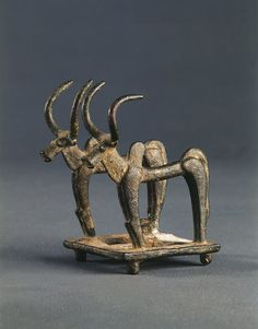 Luristan Bronze of Two Bulls, Zagrus mountains, Iran, c. 1000–800 BCE. The nomadic peoples of Luristan known as Kassites were described by Greek historians as those 'belligerent barbarian tribes renowned for their warlike valour'. Alexander the Great had to fight them and in 317 B.C Antigonus, wishing to besiege Susa, entered the lands of the Kassites without agreeing to pay them the customary tribute. He reported that his troops, 'harassed by these savage mountaineers,' suffered terribly.