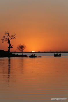 Sunset on the Nile, Khartoum الغروب علي النيل، الخرطوم (By Hazim Alhag) #sudan #nile #khartoum #sunset