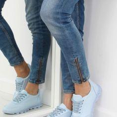 Modré dámske botasky s vrúbkovanou podrážkou1 Wedges, Sport, Jeans, Sneakers, Fashion, Tennis, Moda, Deporte, Slippers