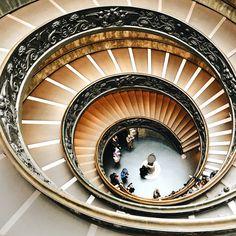Visita ai Musei Vaticani: come saltare la fila e altri utili consigli  www.annascrigni.com