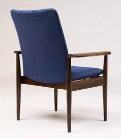 https://www.1stdibs.com/furniture/seating/armchairs/rosewood-diplomat-chair-finn-juhl-cado/id-f_6159363/