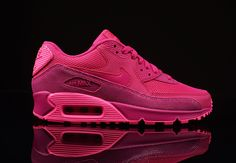 Fireberry Air Max 90...I need these →