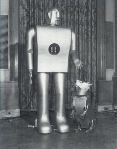 Sparko was designed by Don Lee Hadley to be a companion to Westinghouses Elektro at the 1939 Worlds Fair. It was modelled after Hadleys own Scotty dog. ( Vintage Robot )