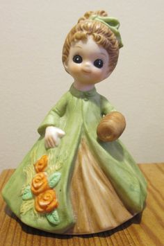 Vintage 1974 Josef Originals George GOOD MARCH Green Girl Figurine