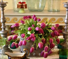 Tasteful Decorating Ideas For Your Festive Easter Table (31)