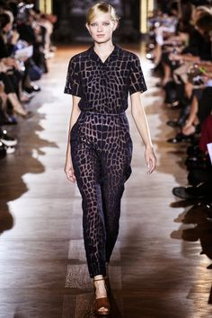 STELLA McCARTNEY - LE DÉFILÉ PRINTEMPS-ÉTÉ 2014 – FASHION WEEK DE PARIS http://fashionblogofmedoki.blogspot.be