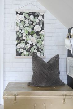 family room paint with devine color and wallpaper