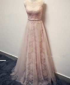New Pearl Pink Prom Dresses 2017 Modest Evening Dress With Lace Long Formal Gown For Senoir Teens