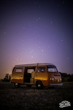 VW Camper Essai de photo de nuit du VW Combi | BeCombi