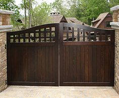 Collection Wood Driveway Gate - traditional - fencing - portland - by S. Collection Wood Driveway Gate - traditional - fencing - portland - by S. Side Gates, Front Gates, Entrance Gates, Wooden Gate Designs, Wooden Gates, Iron Gate Design, House Gate Design, Driveway Gate, Fence Gate