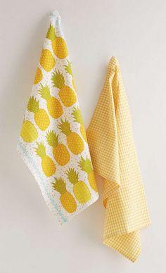 pineapple tea towel set