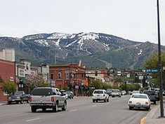 Google Image Result for http://upload.wikimedia.org/wikipedia/commons/thumb/3/38/Steamboat_Springs_downtown.jpg/250px-Steamboat_Springs_downtown.jpg