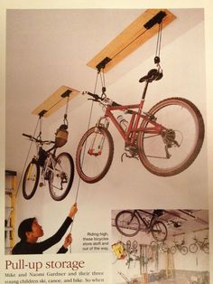 push bike storage ideas for those biking lovers who live in a tiny flat or just don't have enough space to store their bikes. Garagenstauraum 17 Amazing Bike Storage Ideas You Just Have To See 2019 Garage Velo, Garage Shed, Garage House, Garage Workshop, Garage Storage, Dream Garage, Garage Bike Rack, Garage Organization Bikes, Loft Storage