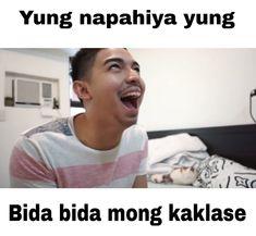 WHAHAHA buti nga tangina ka ah Tagalog Quotes Hugot Funny, Qoutes, Funny Quotes, Funny Memes, Memes Pinoy, Memes Tagalog, Filipino Quotes, Filipino Funny, Patama Quotes