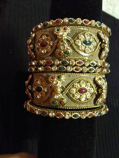 Indian jewelry - gold bow rhinestone bangle set | HDaccessories