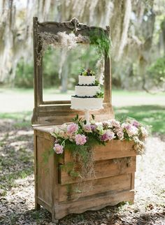 Lavender and Rose Springtime Wedding Inspiration Wedding Cake Backdrop, Wedding Cake Display, Vintage Wedding Cake Table, Fall Wedding, Rustic Wedding, Our Wedding, Dream Wedding, Wedding Themes, Wedding Events