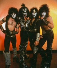 Kiss with Eric Carr.......
