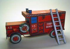 Vintage Fire Truck Papercraft