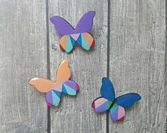 Hand-crafted jewelry made of wood, paper and resin by ColoreriaStudio Laser Cut Plywood, Butterfly Pin, Unique Gifts For Her, Wooden Earrings, Polymer Clay Earrings, Sweater Jacket, Acrylics, Happy Shopping, Brooch Pin