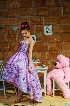 This miniature version of the original Julia dress can be made to the exact measurements of your little girl. All dresses can actually be made in a miniature matching version (mother/daughter combo).  Sweet and very comfortable delicate dress. Only available in the combos: pink polka dot/white organza. The grey flowers organza in unavailable.  The products are made to order so any size will be ready for shipping in 2-3 weeks after payment.  If you dont have a standard size, please s...