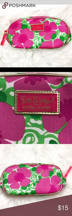 Lilly Pulitzer makeup bag Lilly Pulitzer for Estée Lauder makeup bag.  New with tags.   8.5 x 4   Perfect for bundling! Lilly Pulitzer Bags