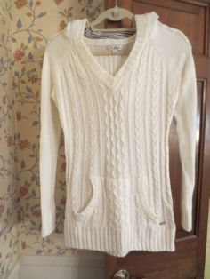 Guess Ivory Long Cable Knit Hoodie Sweater Winter Fall Fitted Small Stripe EUC #GUESS #Sweater