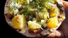 Am dritten Donnerstag im August ist Surströmming Premiere in Schweden. Hier ein kleines Rezept, wie man Surströmming schmackhaft zubereiten kann. Surströmming Premiere ist im Jahr 2017 am 17.08.2017